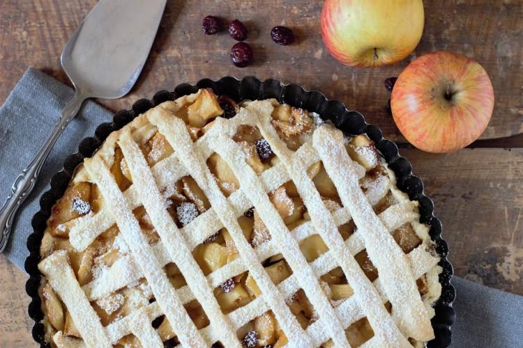 Mama și tortul de mere
